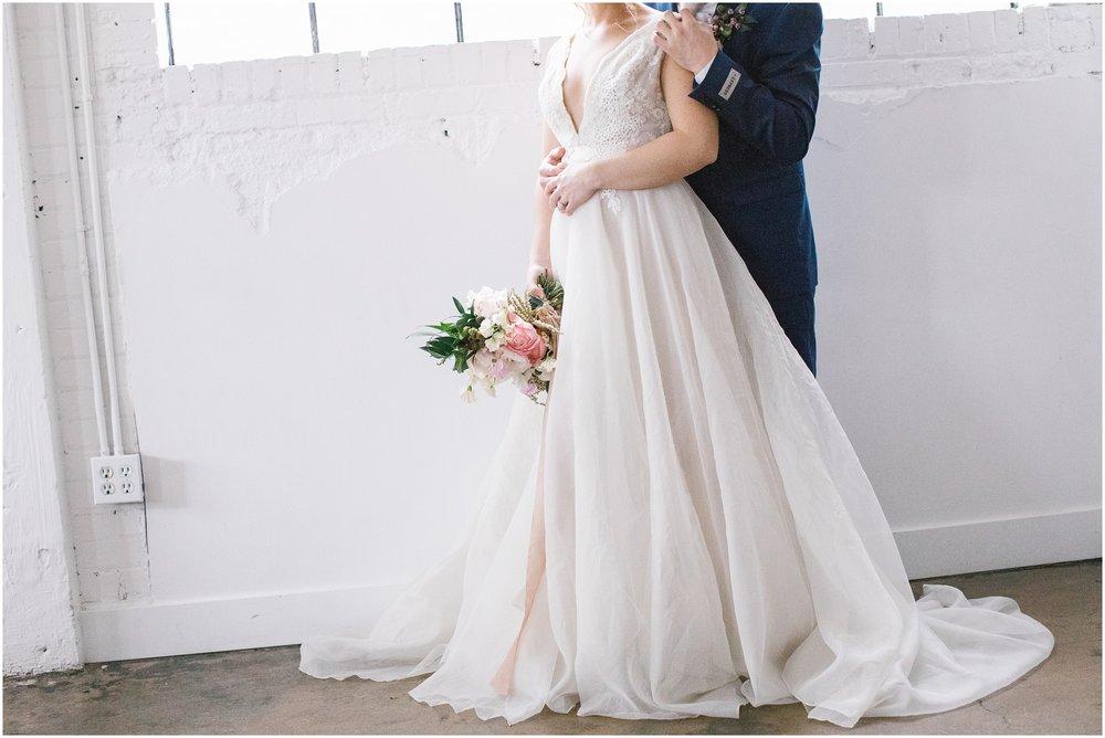 Lizzie-B-Imagery-Utah-Wedding-Photographer-Salt-Lake-City-Park-City-Utah-County_0033.jpg