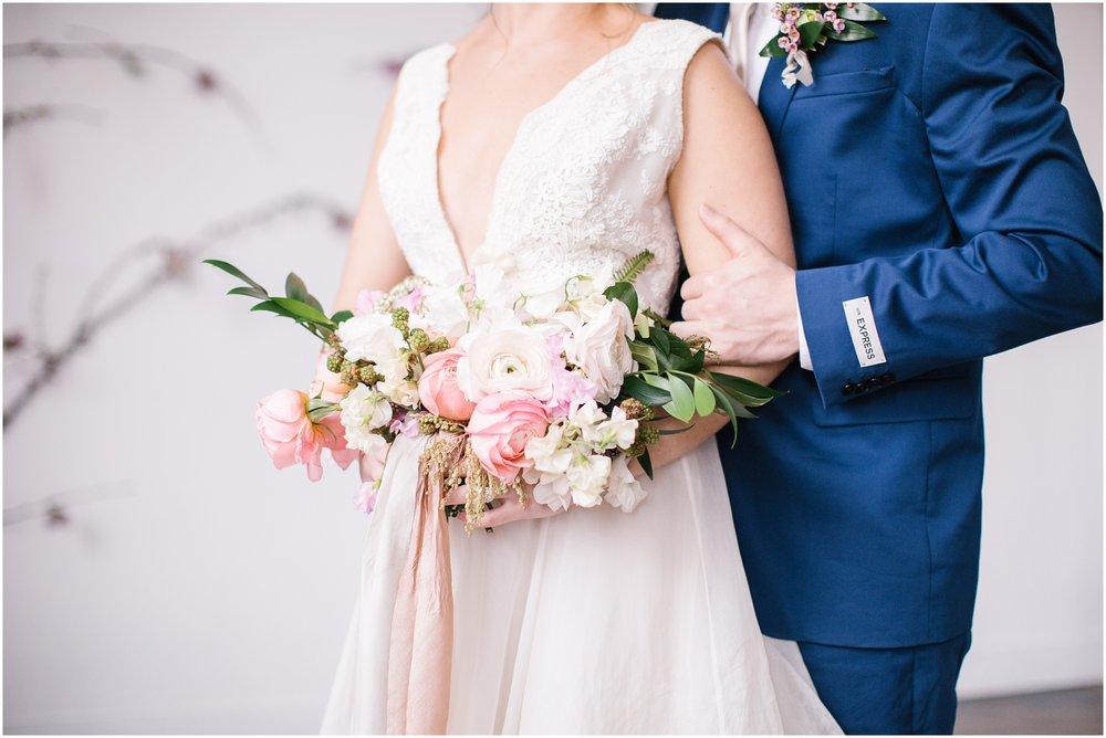 Lizzie-B-Imagery-Utah-Wedding-Photographer-Salt-Lake-City-Park-City-Utah-County_0035.jpg