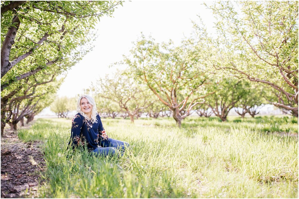 Sydney-7_Lizzie-B-Imagery-Utah-Senior-Photographer-Salt-Lake-City-Park-City-Utah-County.jpg