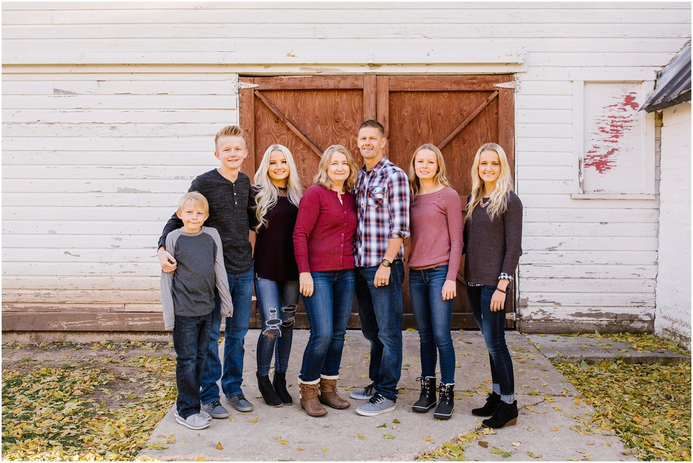 Nielsen--68_Lizzie-B-Imagery-Utah-Family-Photographer-Salt-Lake-City-Park-City-Utah-County-Hobble-Creek-Canyon-Jolleys-Ranch.jpg