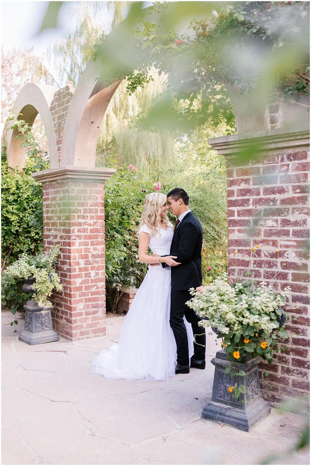 CHBridals-29_Lizzie-B-Imagery-Utah-Wedding-Photographer-Salt-Lake-City-Park-City-Thanksgiving-Point-Ashton-Gardens.jpg