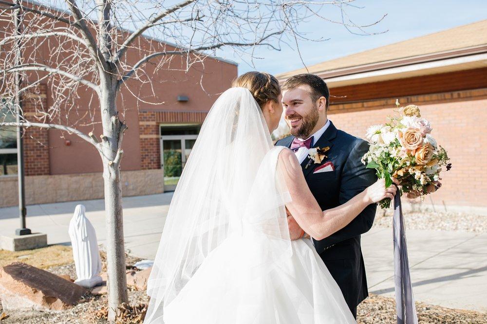 CN-Wedding-33_Lizzie-B-Imagery-Utah-Wedding-Photographer-Blessed-Sacrament-Catholic-Church-Sandy-Utah-The-Blended-Table-Salt-Lake-City.jpg