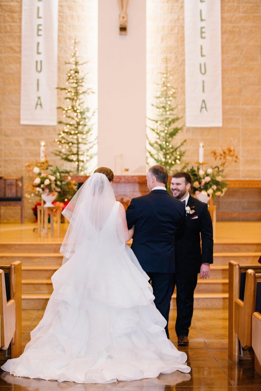 CN-Wedding-113_Lizzie-B-Imagery-Utah-Wedding-Photographer-Blessed-Sacrament-Catholic-Church-Sandy-Utah-The-Blended-Table-Salt-Lake-City.jpg