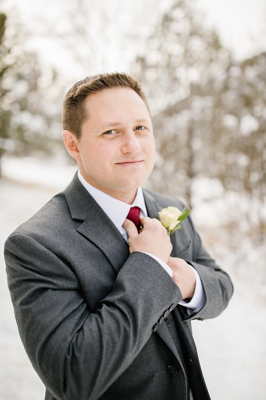 SSBridals-8_Lizzie-B-Imagery-Utah-Wedding-Photographer-Logan-Temple-Logan-Canyon-Mountain-Horse-Session.jpg