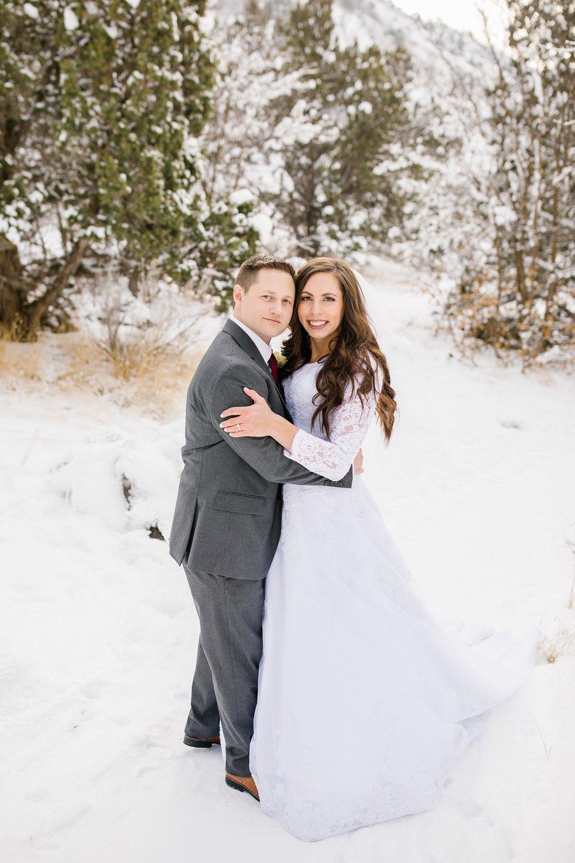 SSBridals-48_Lizzie-B-Imagery-Utah-Wedding-Photographer-Logan-Temple-Logan-Canyon-Mountain-Horse-Session.jpg