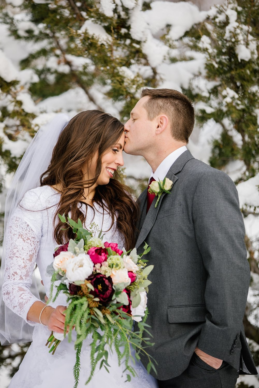 SSBridals-52_Lizzie-B-Imagery-Utah-Wedding-Photographer-Logan-Temple-Logan-Canyon-Mountain-Horse-Session.jpg