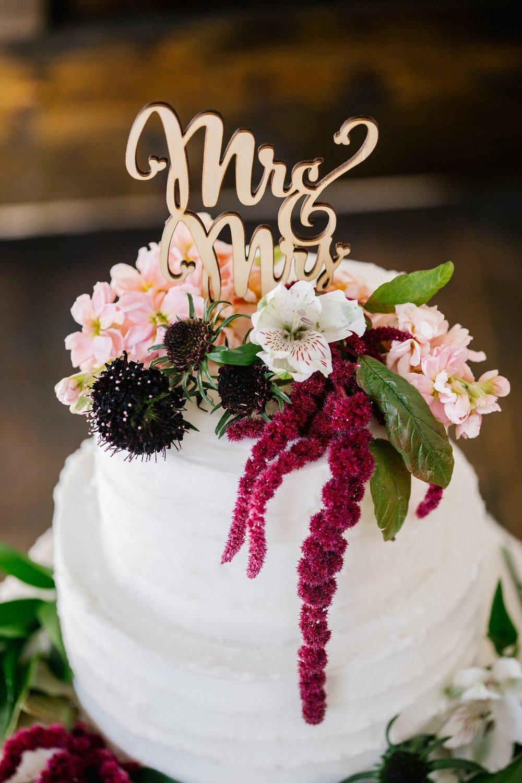 748A0831-Edit-20_Lizzie-B-Imagery-Utah-Wedding-Photographer-Park-City-Wedding-Photographer-The-Loft-Studio-Lehi-Utah.jpg