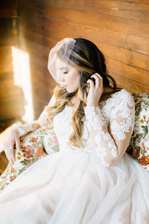 748A1013-Edit-45_Lizzie-B-Imagery-Utah-Wedding-Photographer-Park-City-Wedding-Photographer-The-Loft-Studio-Lehi-Utah.jpg