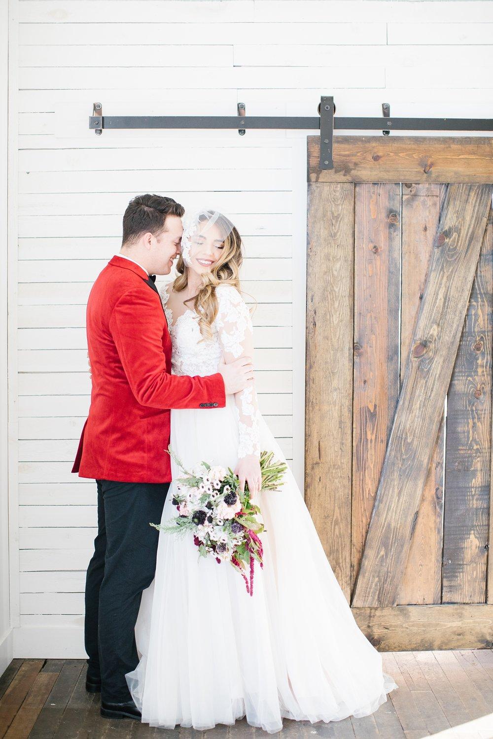 748A1093-Edit-32_Lizzie-B-Imagery-Utah-Wedding-Photographer-Park-City-Wedding-Photographer-The-Loft-Studio-Lehi-Utah.jpg