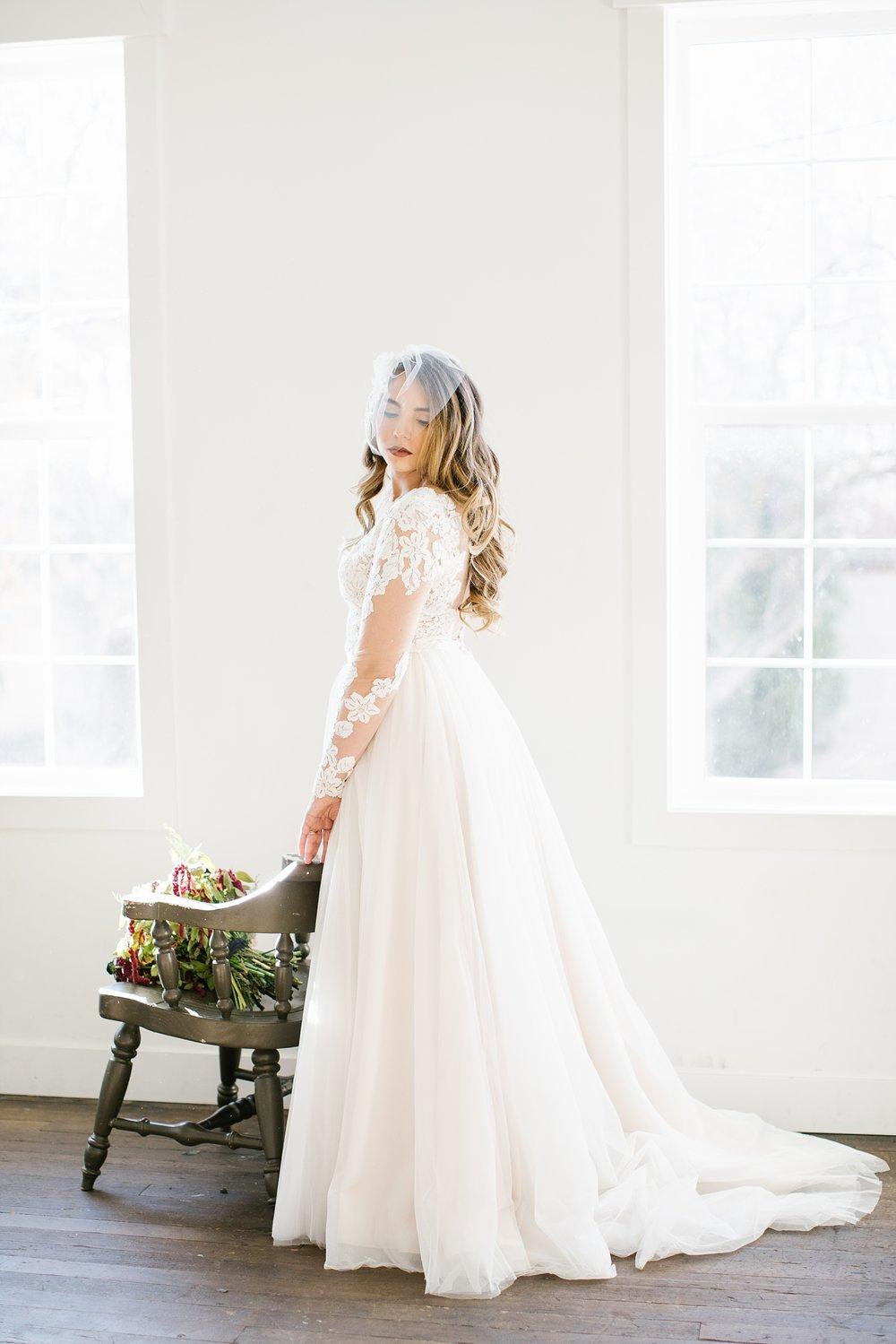 748A1178-Edit-67_Lizzie-B-Imagery-Utah-Wedding-Photographer-Park-City-Wedding-Photographer-The-Loft-Studio-Lehi-Utah.jpg