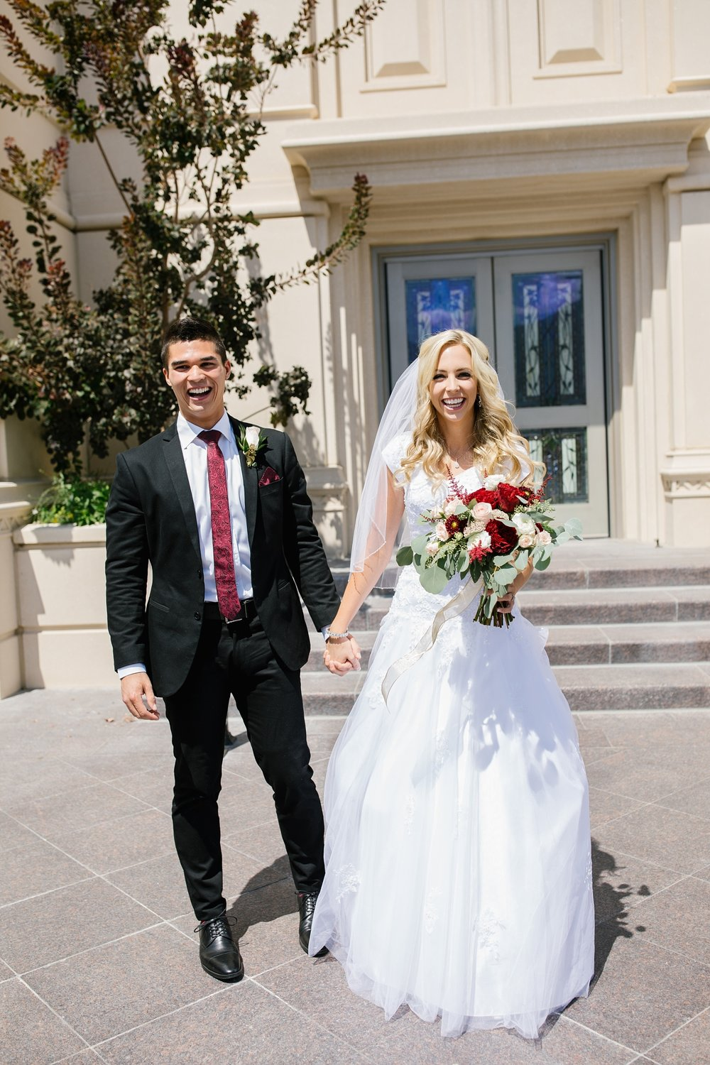 HannahChaseWedding-18_Lizzie-B-Imagery-Utah-Wedding-Photographer-Bridal-Photography-Payson-Utah-Temple-Clarion-Gardens-Catering-and-Events-Center.jpg