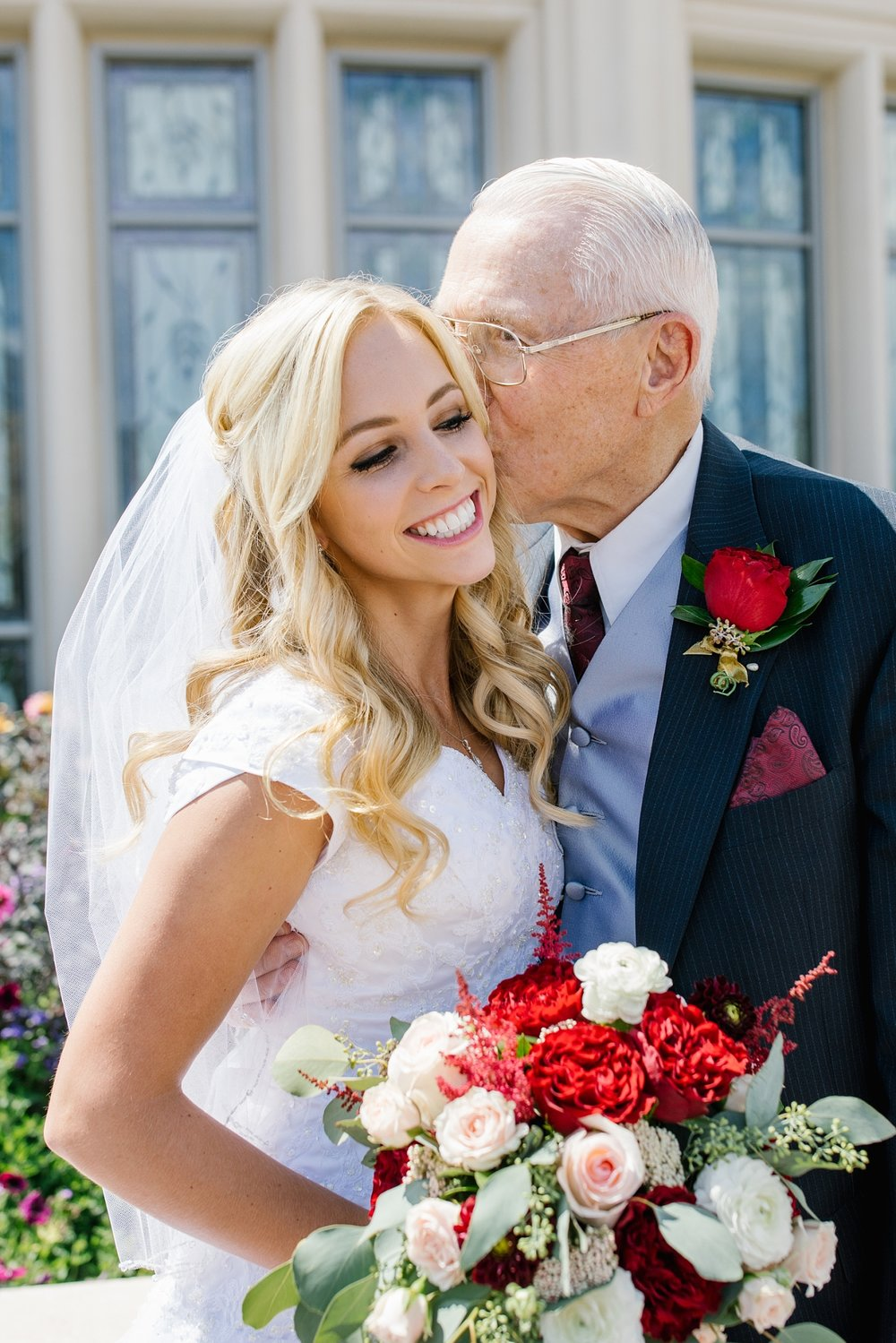 HannahChaseWedding-41_Lizzie-B-Imagery-Utah-Wedding-Photographer-Bridal-Photography-Payson-Utah-Temple-Clarion-Gardens-Catering-and-Events-Center.jpg