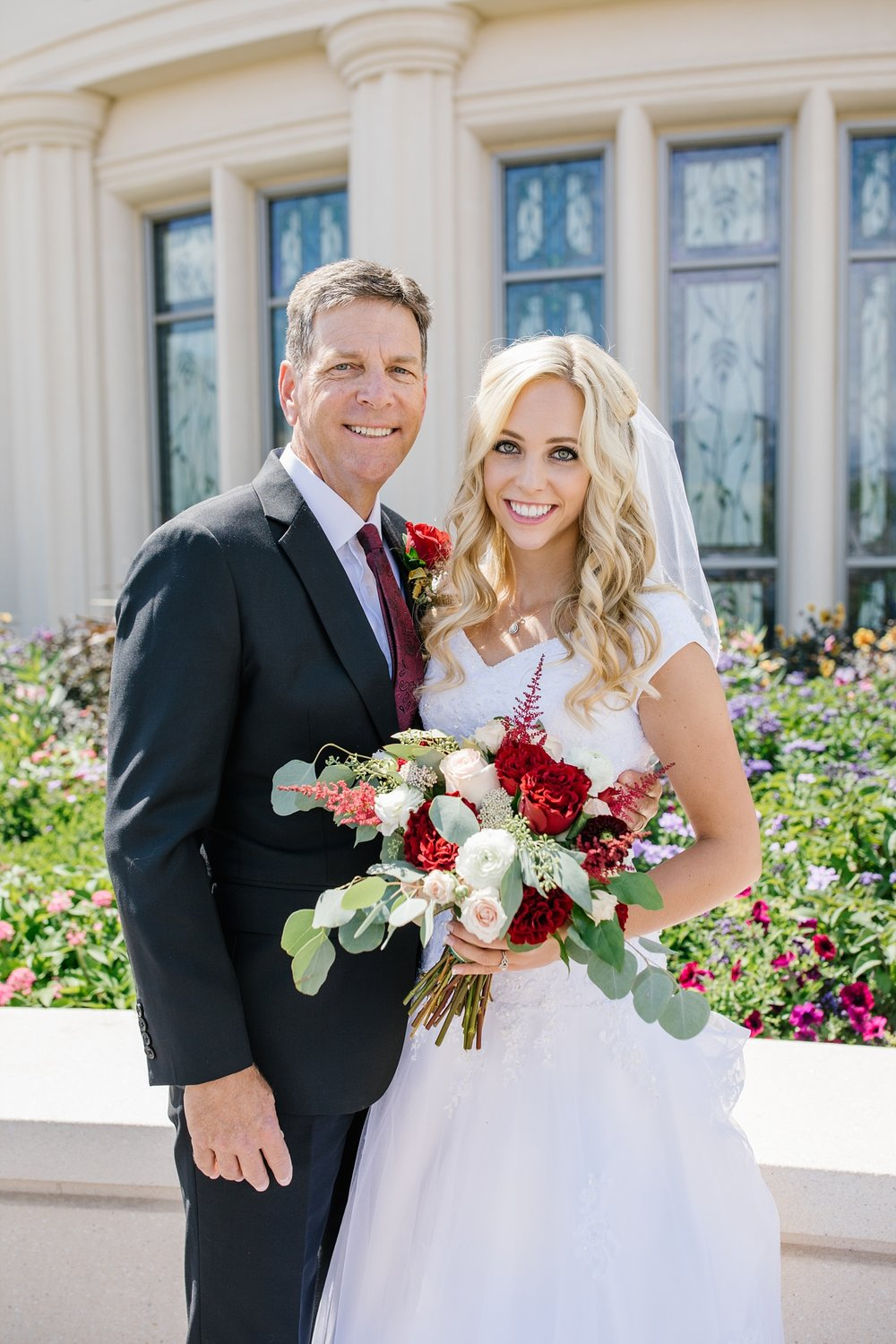 HannahChaseWedding-58_Lizzie-B-Imagery-Utah-Wedding-Photographer-Bridal-Photography-Payson-Utah-Temple-Clarion-Gardens-Catering-and-Events-Center.jpg