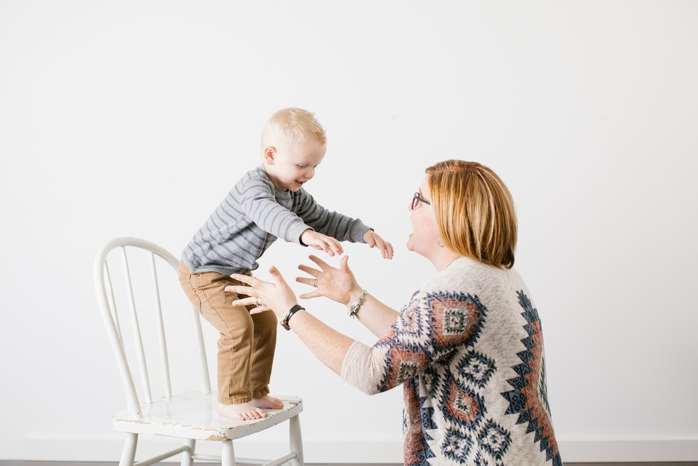 MommyandMe-4_Lizzie-B-Imagery-Utah-Family-Photographer-Lifestyle-Photography-Salt-Lake-City-Park-City-Utah-County-Mommy-and-Me-Mini-Session-Studio.jpg