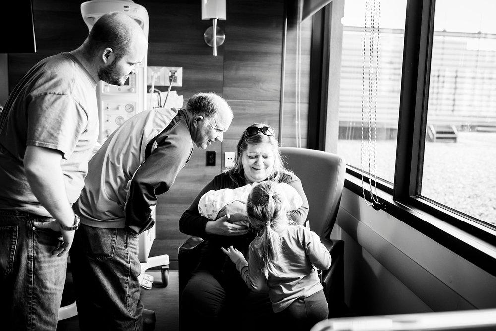 In Hospital Newborn-51.jpg
