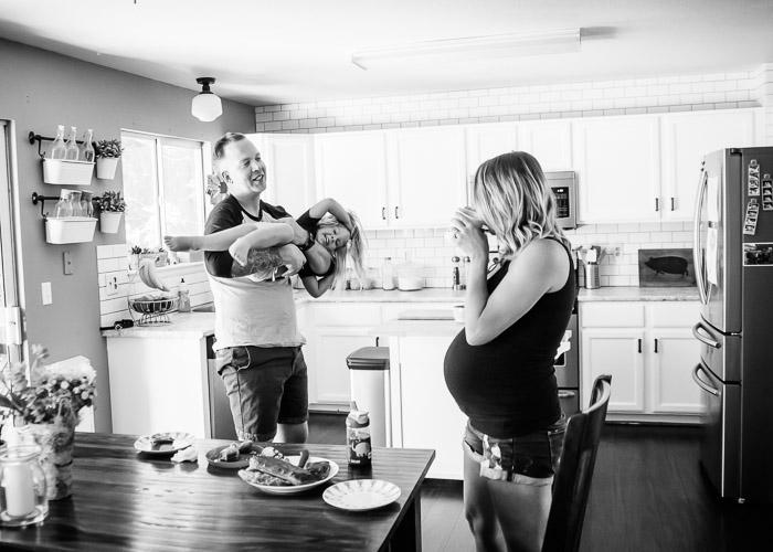 lifestyle-maternity-photos-denver-1.jpg