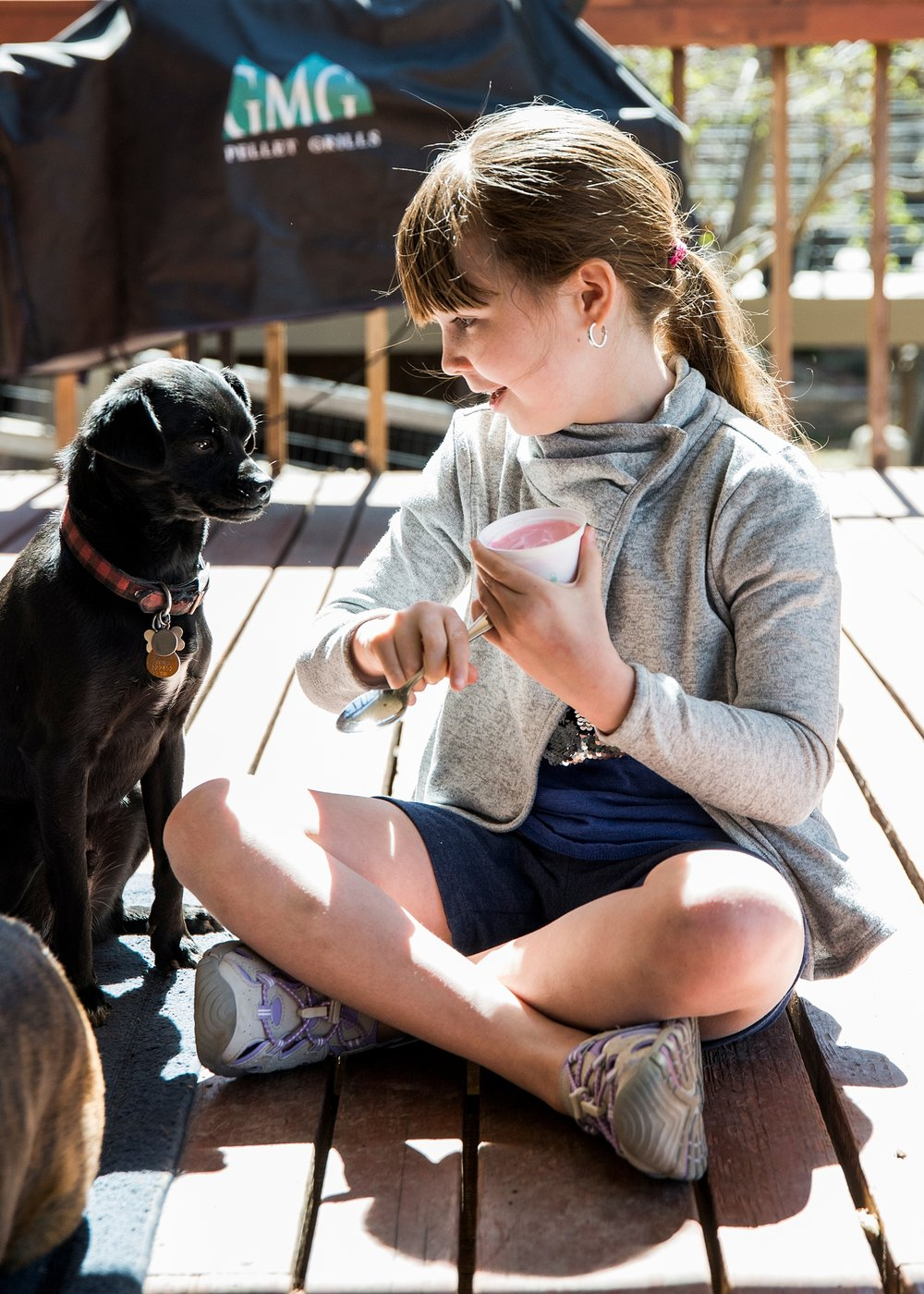 Unschooling curriculum includes lots of puppy love :) Our latest Week in the LIfe of an Unschooler is up on the blog!