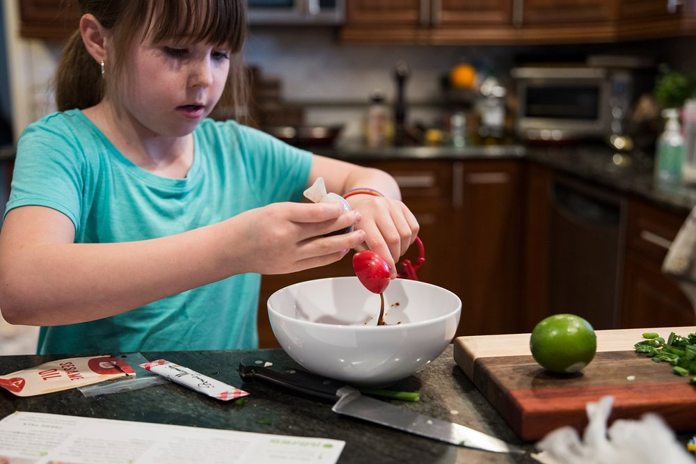 Our 10-year-old LOVES cooking and we tried out Hello Fresh after finding that Blue Apron was a little too complicated. She loved it! See what else we've been up to in our latest Week in the Life of an Unschooler :)