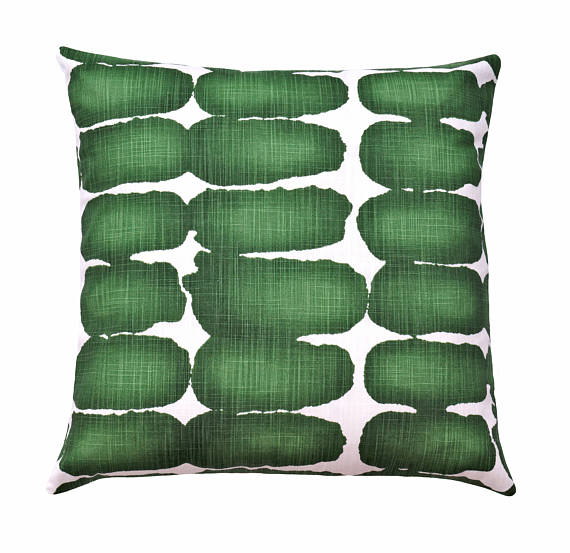 Gorgeous green print pillow cover--perfect for this spring decorating ideas roundup!