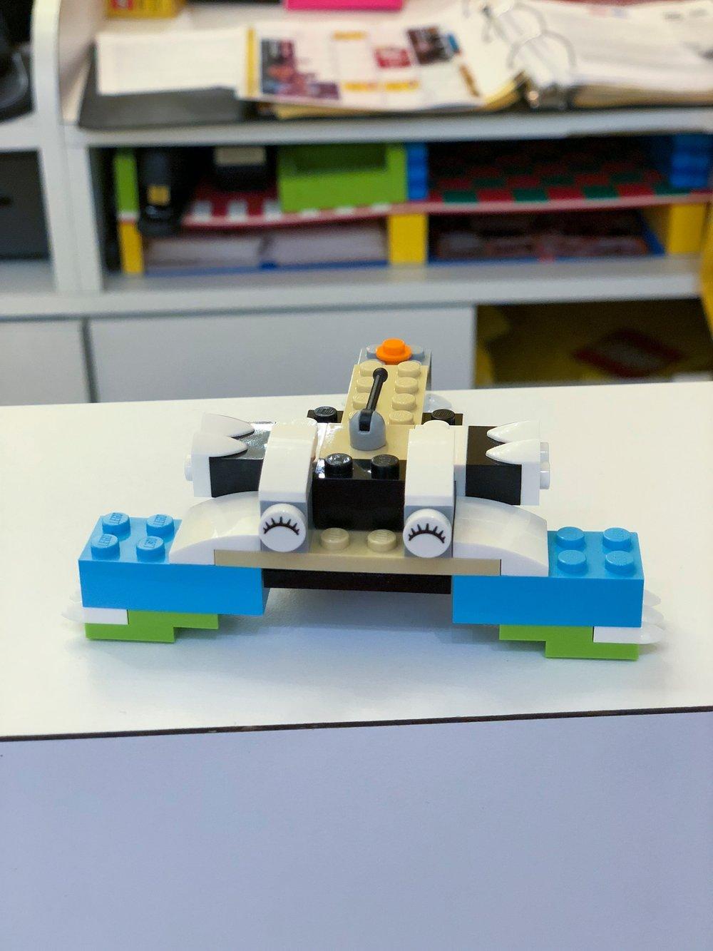 lego creations week in the life 8-4.jpg