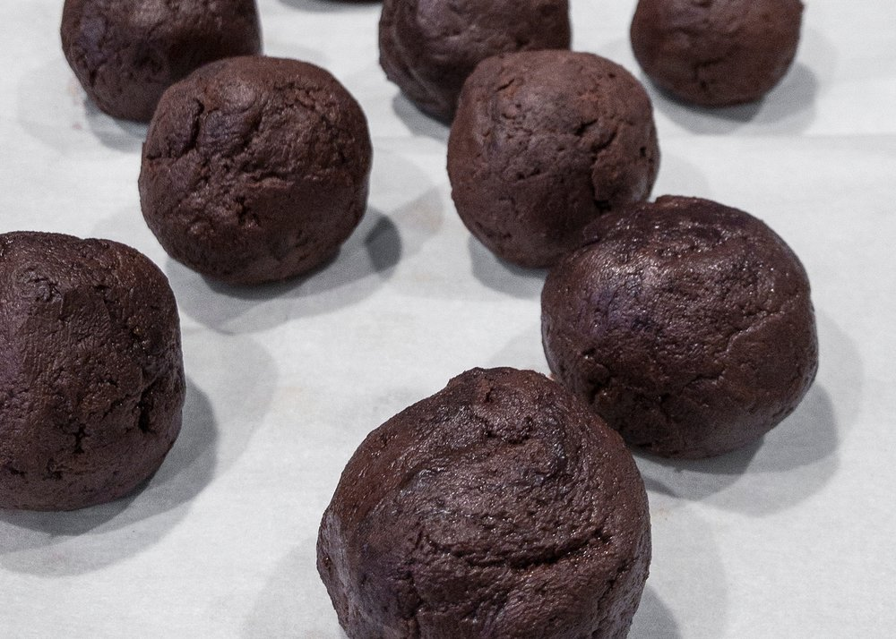 easy-chocolate-truffles-how to-keto-diet-getting-unschooled.jpg