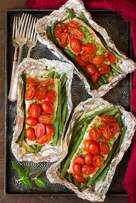 keto-camping-recipes-pesto-salmon-and-italian-veggies-in-foil3-srgb..jpg