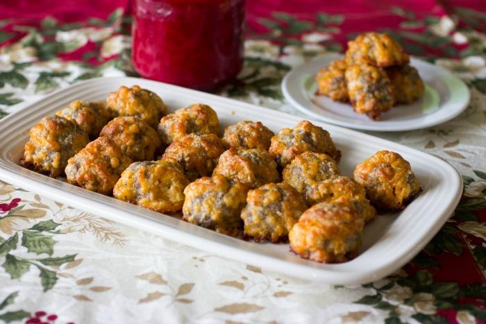 Keto-Sausage-Balls-Recipe-1-1.jpg