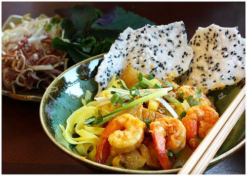 Seafood Noodle (Mi Quang)