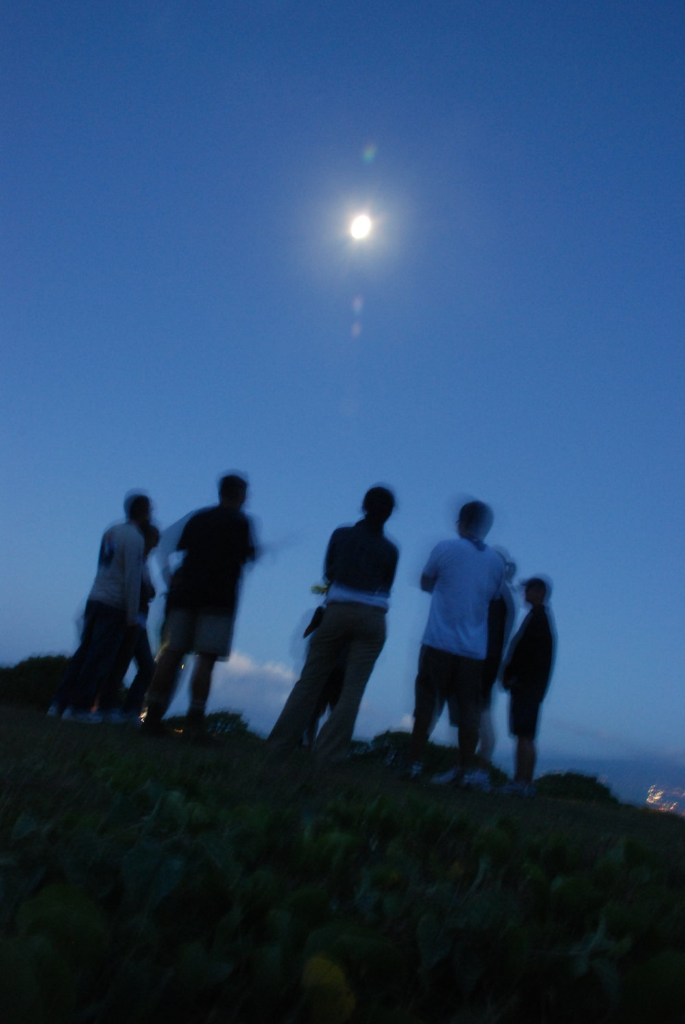 Moonrise-at-Waihee.jpg