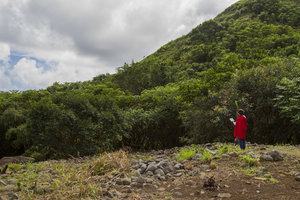 Maunawila Heiau Blessing. Courtesy of Franz Schmutzer.