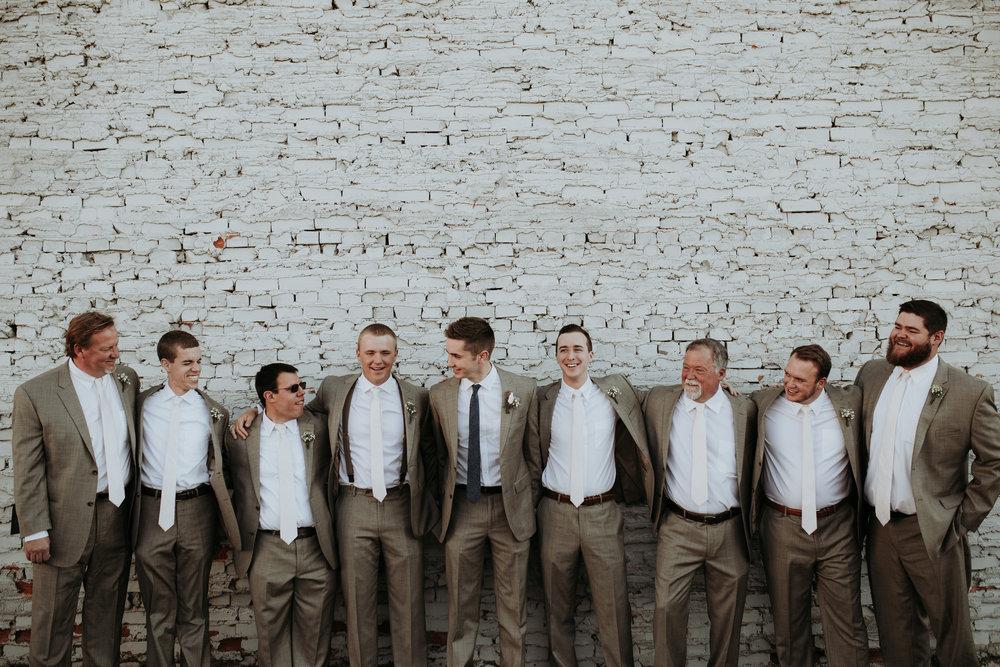 groomsmen.GR00088.jpg