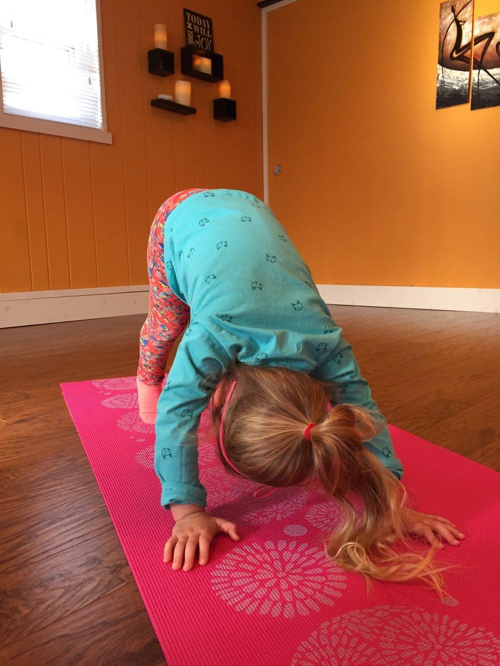 Kids Yoga (ages 3-5): 10:00am