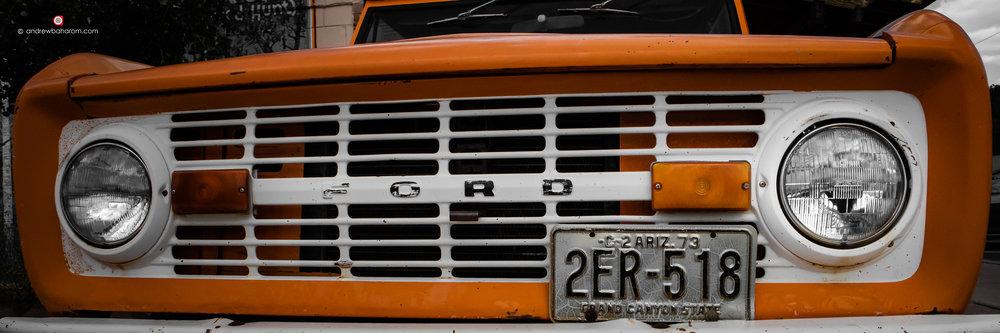 Ford Bronco.jpg