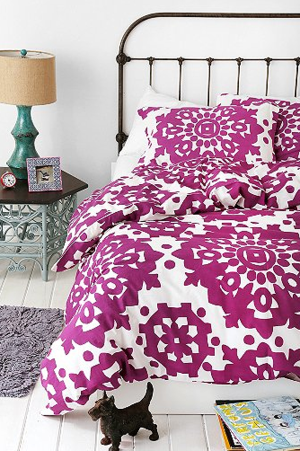 Duvet in orchid.