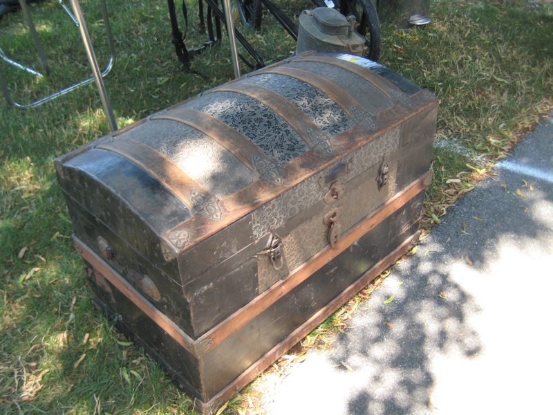 A photo of a cool antique trunk.