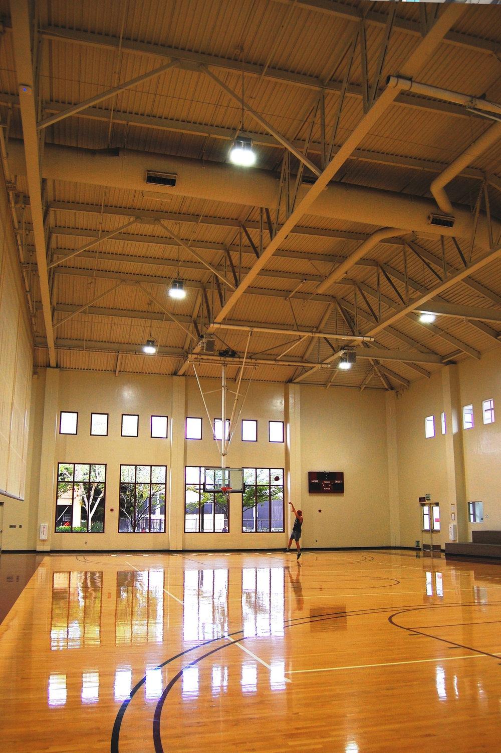 University Gym, CA