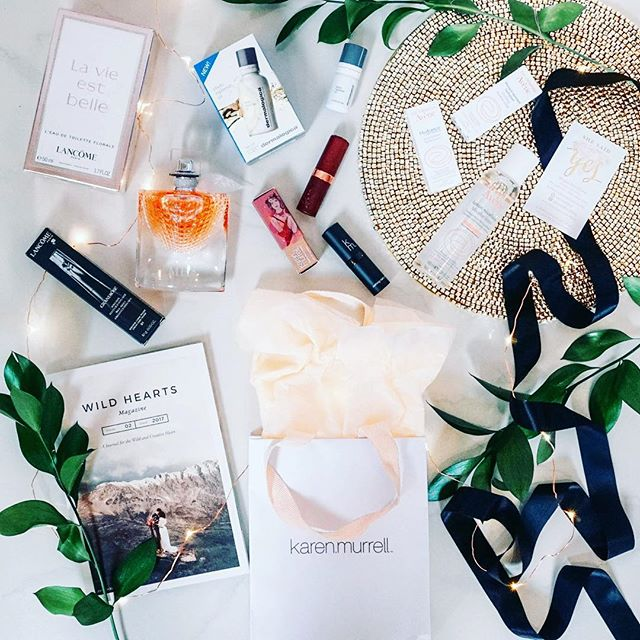 For only $50 you can spend the day in style getting inspired for your wedding! ✨💍🎉 Can you cope with these amazing goodie bags?! 😍❤️ $150 value and they are waiting for you! Join us and @shesaidyes at Bride Tribe, @sculptureum.nz Matakana 20 Jan! It will be such a lovely day with a glass of bubbles on arrival, 3 course lunch, interviews and Q&A with brides-to-be, newlyweds and industry insiders; an amazing Goodie Bag worth over $150 and including a Full size @lancomeofficial product, @karenmurrellnz Lipstick, @dermalogicanz Phyto Replenish Oil, @wild_hearts Magazine, @avene_au skincare, @whiskedawaydessertsnz favour and more to be announced! We're even providing 10% off any @selfiestationnz booking! 😱💍✨🙌🏻 How good?! Tag a bride to be and come along and celebrate with us! ❤️ tickets via @shesaidyes 🎉💓 . . . . #photobooth #nzbride #aucklandevent #wedding #party #weddingparty #celebration #bride #groom #bridesmaids #nzwedding #nzbrideandgroom #love #weddingdress #weddinggown #weddingcake #engaged #eventplanner #eventsauckland #aucklandpr #newzealandbusiness #weddingday #flowers #celebrate #instawed #instawedding #party