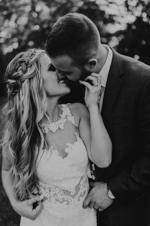Kansas_City_Wedding_Photographer_Conner-1217.jpg