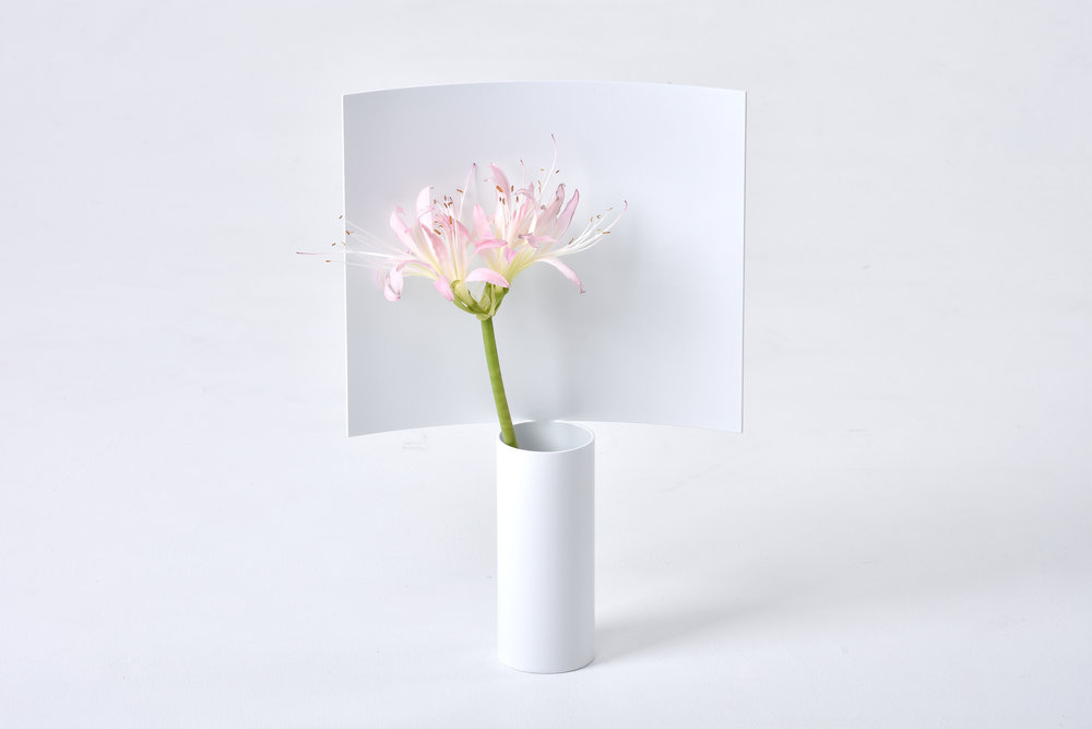 Picture Vase designed by Shinya Oguchi