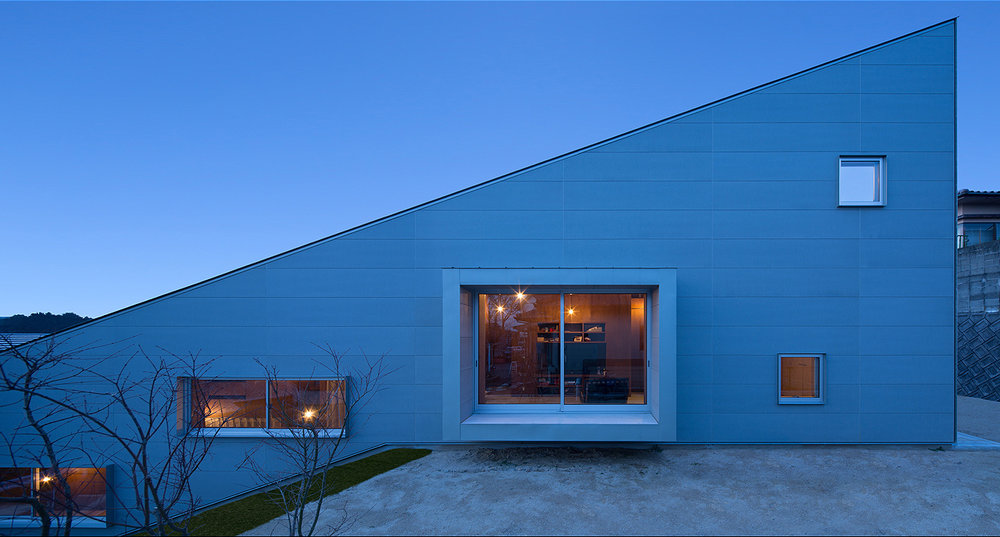 5-in-1 Room Dwelling designed by Matsuyama Architects and Associates