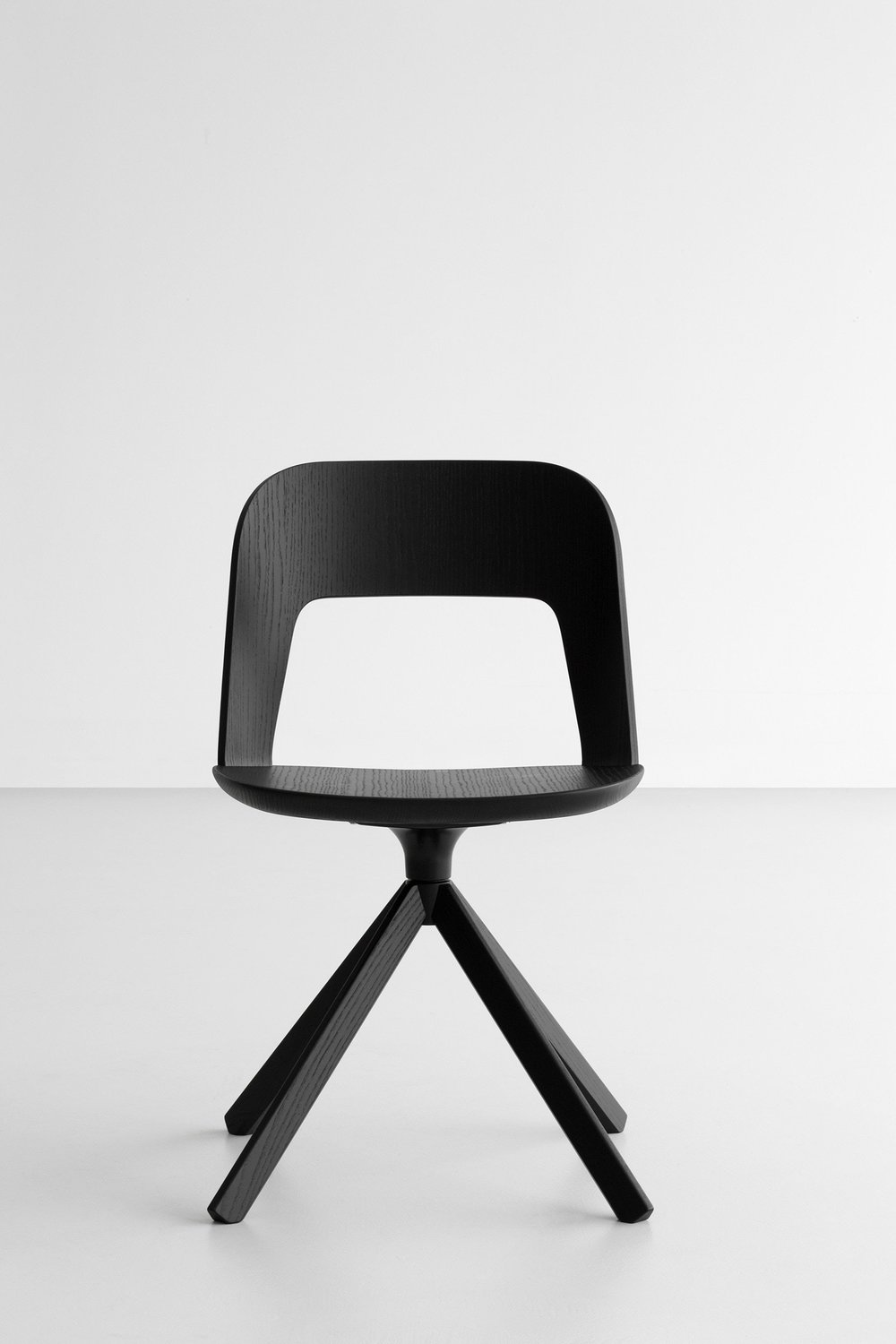 Arco Chair designed by Francesco Rota