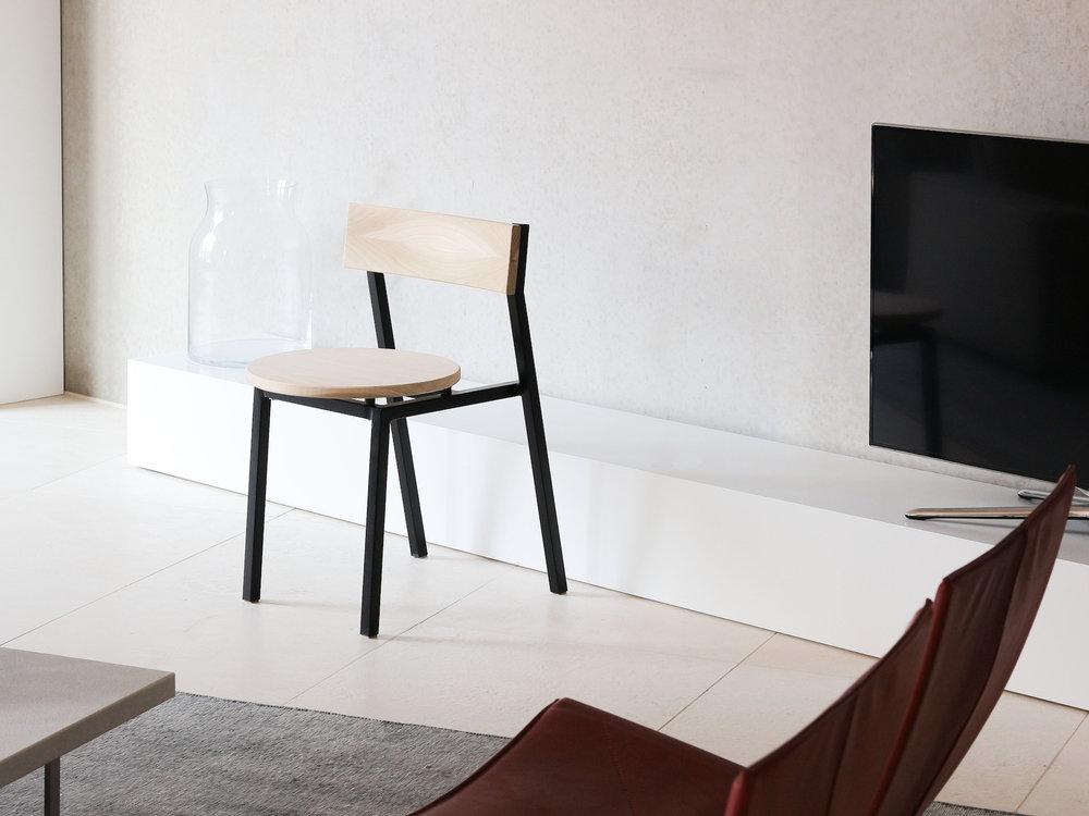 Diskus Chair designed by Hayo Gebauer