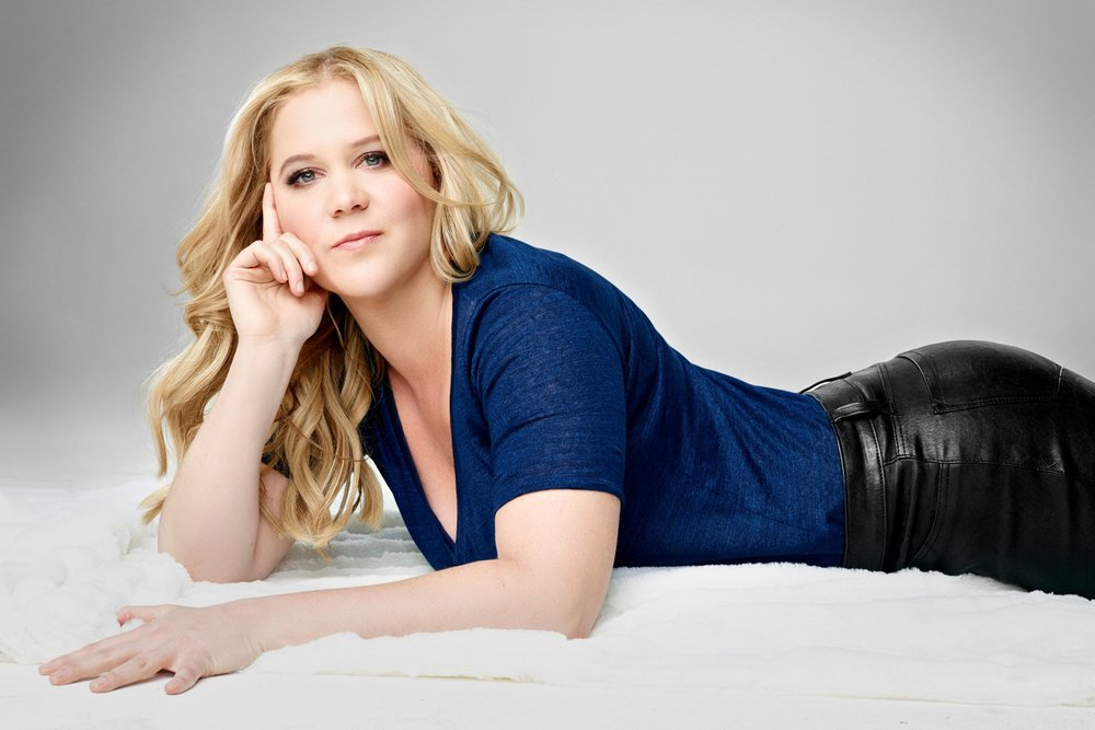 Picture taken from dosavannah.com of Amy Schumer