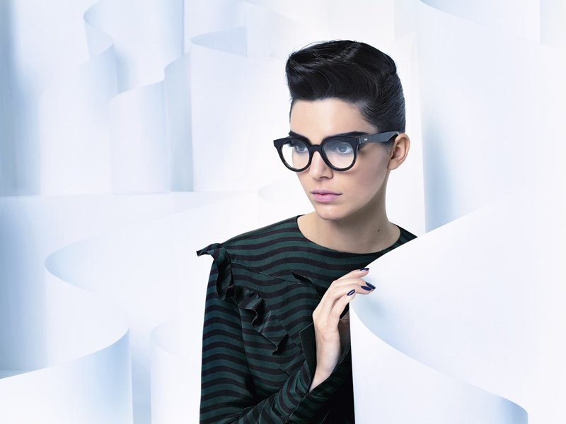 Kendall for Fendi taken by Karl Lagerfeld source: teenvouge.com