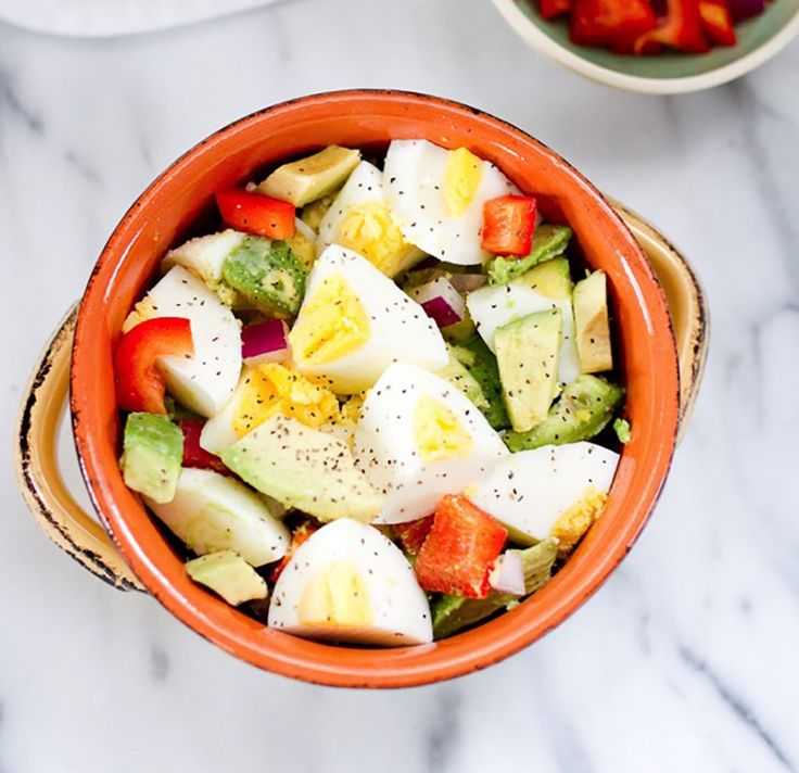 Photo taken from Pinterest.com of a Hard-boiled Egg and Avocado Bowl