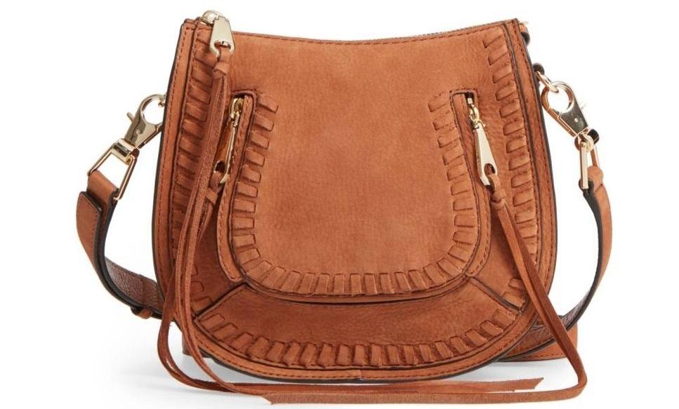 Versatile Western-inspired saddle crossbody bag. - Marie Clarie