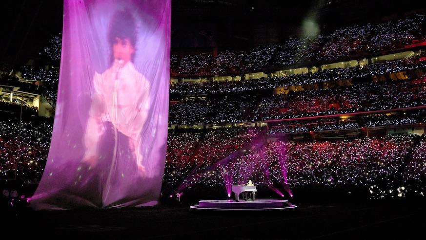 prince_tribute_super_bowl_2018_getty_copy.jpg