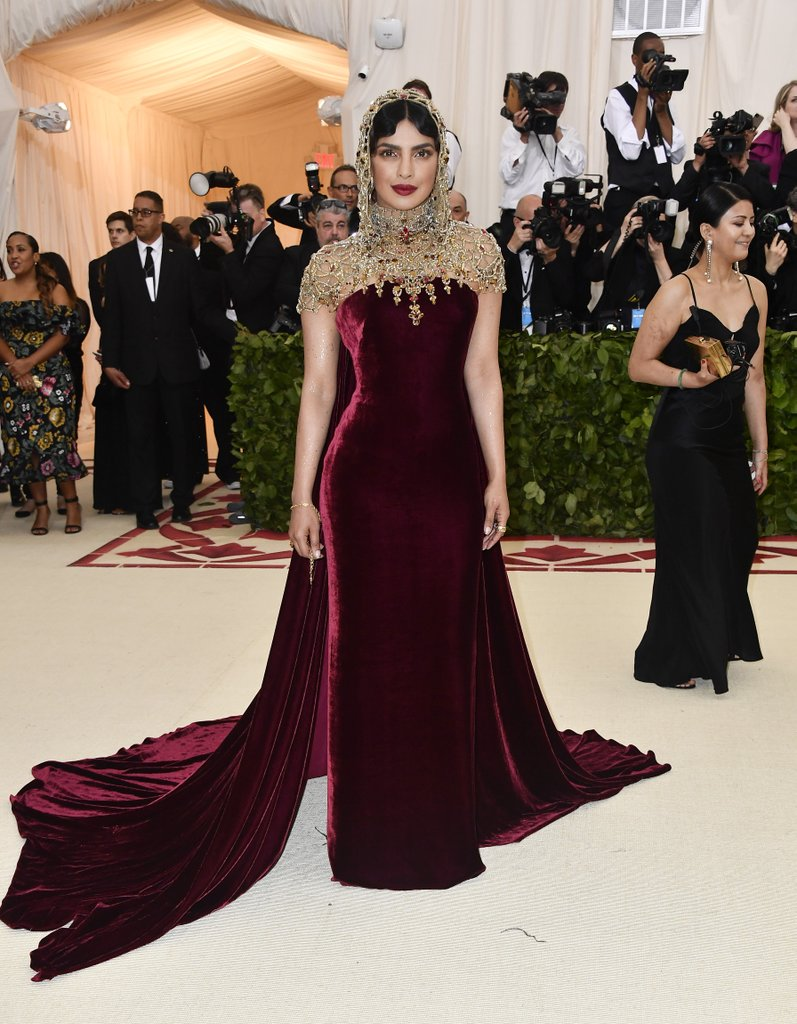 Priyanka-Chopra-Met-Gala-Dress-2018.jpg