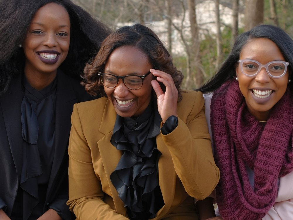 Sabreen Cosmetics - Three sisters—Saliah, Kareemah, & Najyyah—built their own cosmetic empire! Learn what inspired these sisters to band together and what makes their products so amazing.Click on 'Learn More' to read her full interview!
