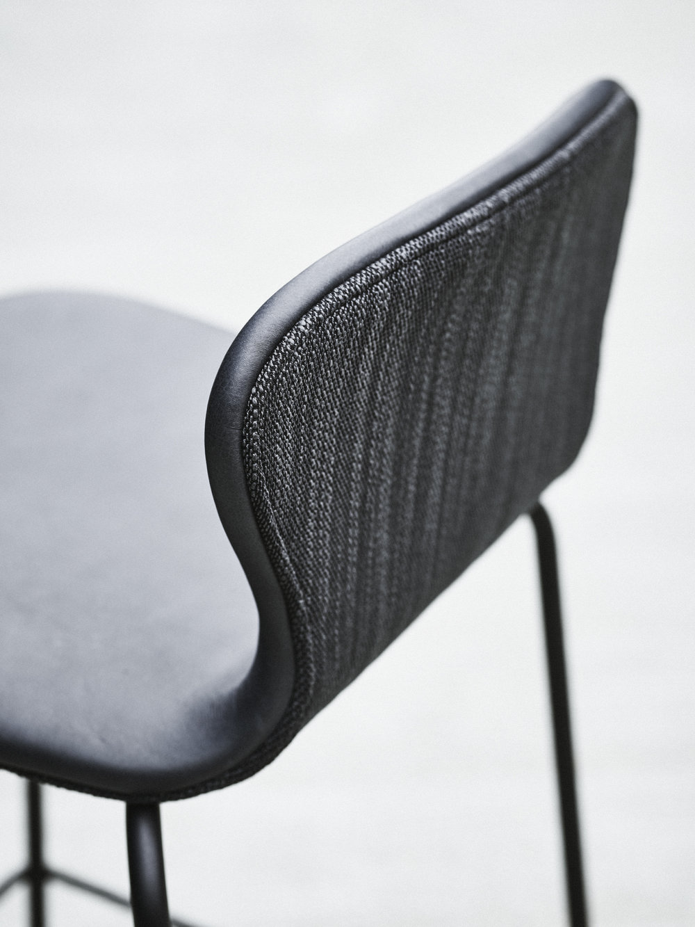 Nuance  Shadow grey  Leather from Sorensen Leather by Space Copenhagen &  Lila  from Kvadrat by Doshi Levien
